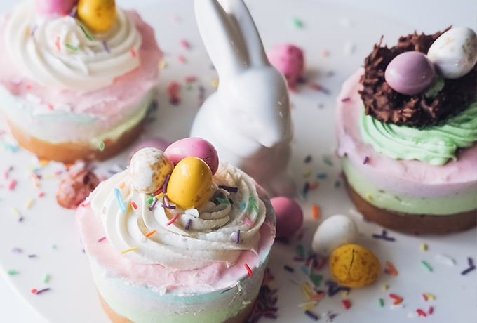 10 Eggcellent Bakes to inspire you this Easter!
