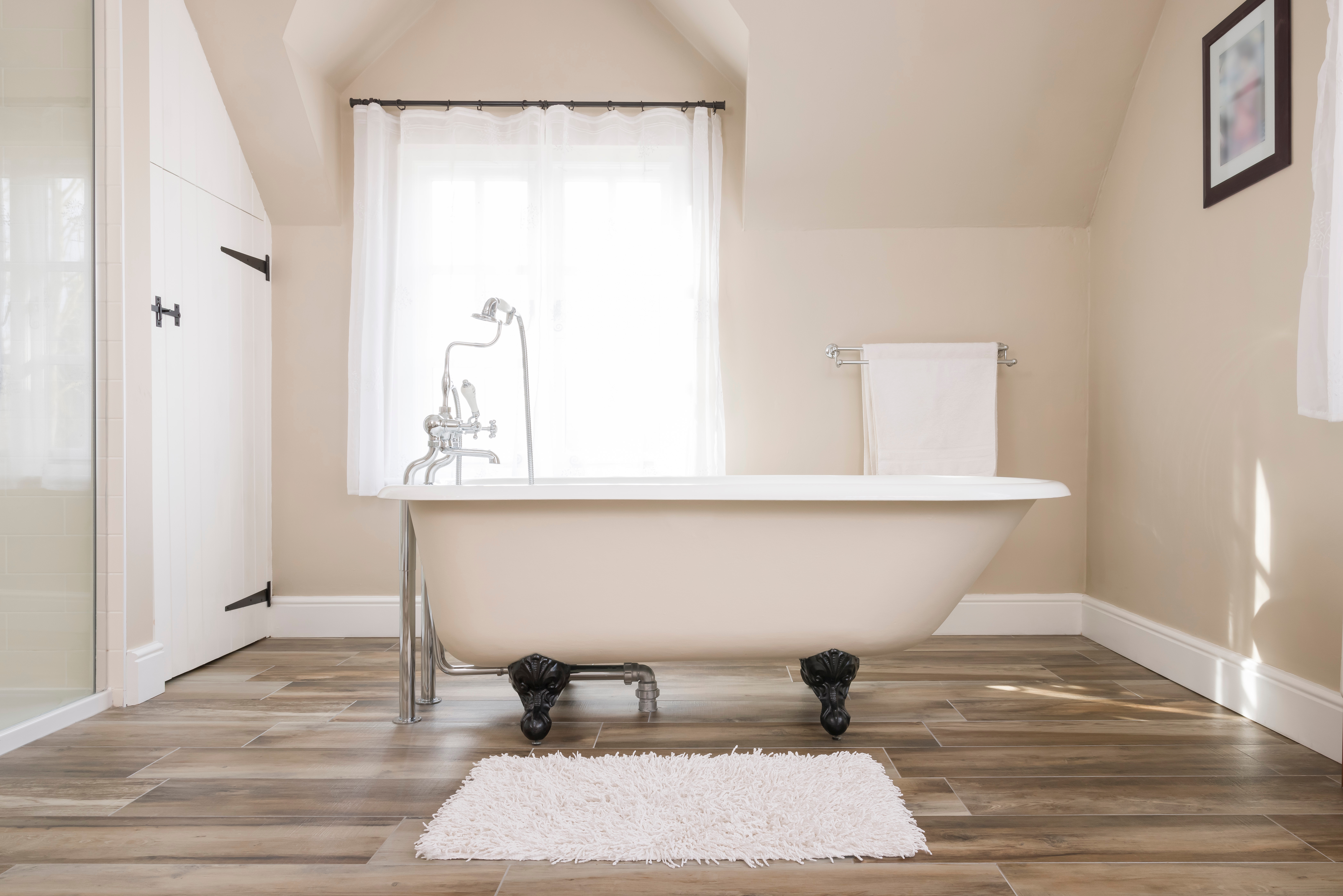Period Home Style Rolltop Bath